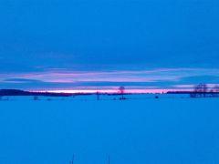 Zimowy_wschˇd_s│o˝ca_D._Batorski_Smardzewo.jpg